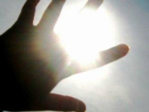 Почему яркий свет пугает